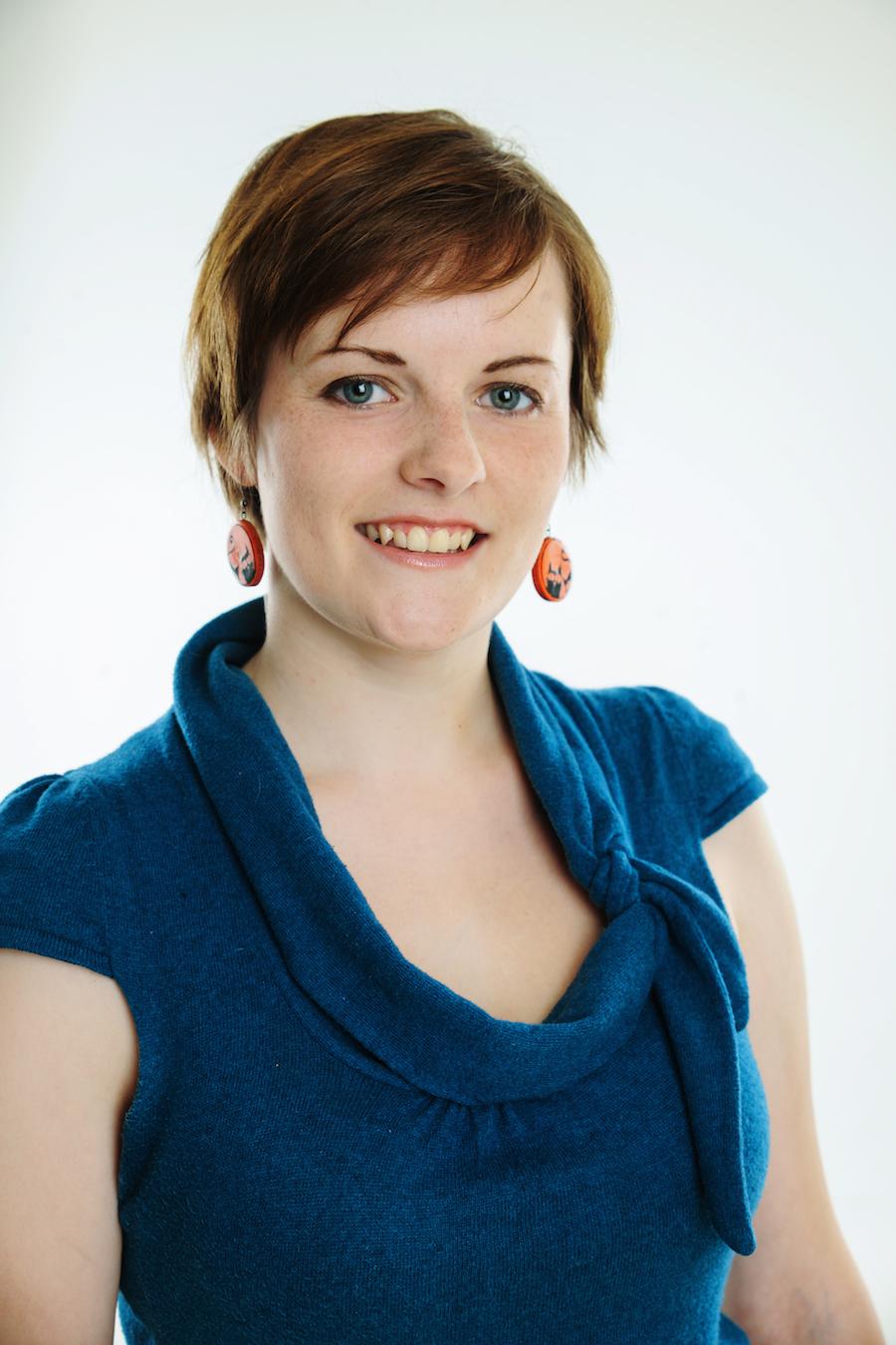 Laura Tuktēna Latviešu valodas skolotāja