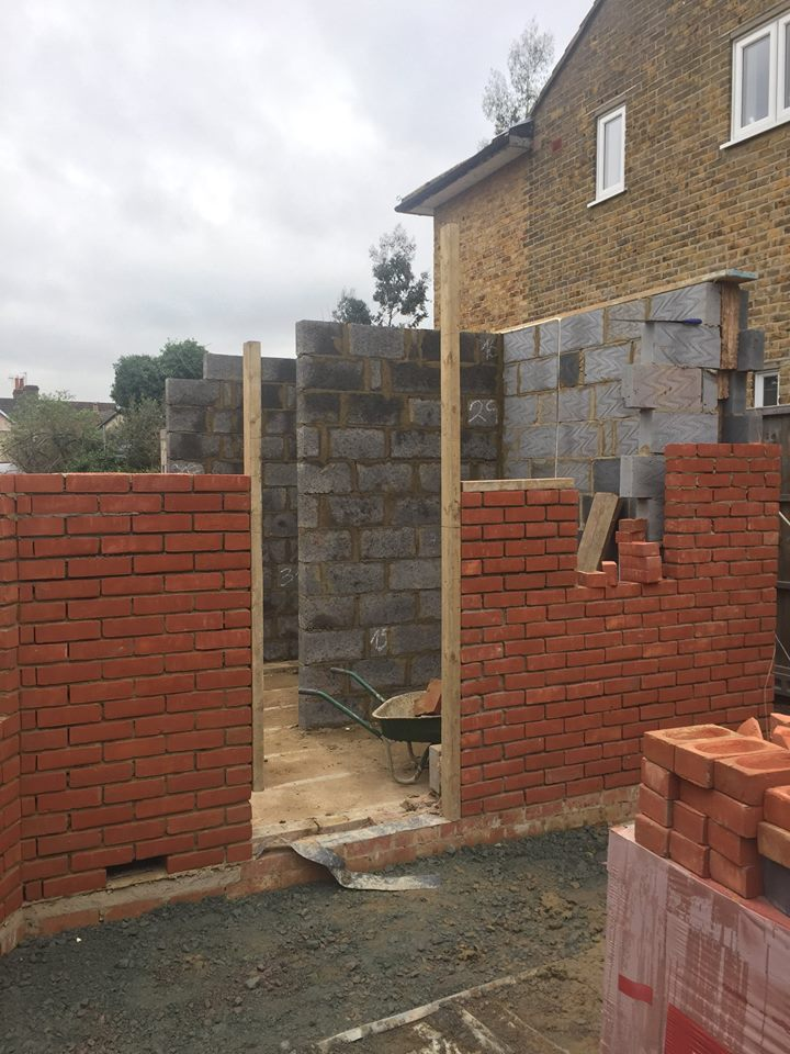 Week 7 - Ground Floor Brick Work8.jpg