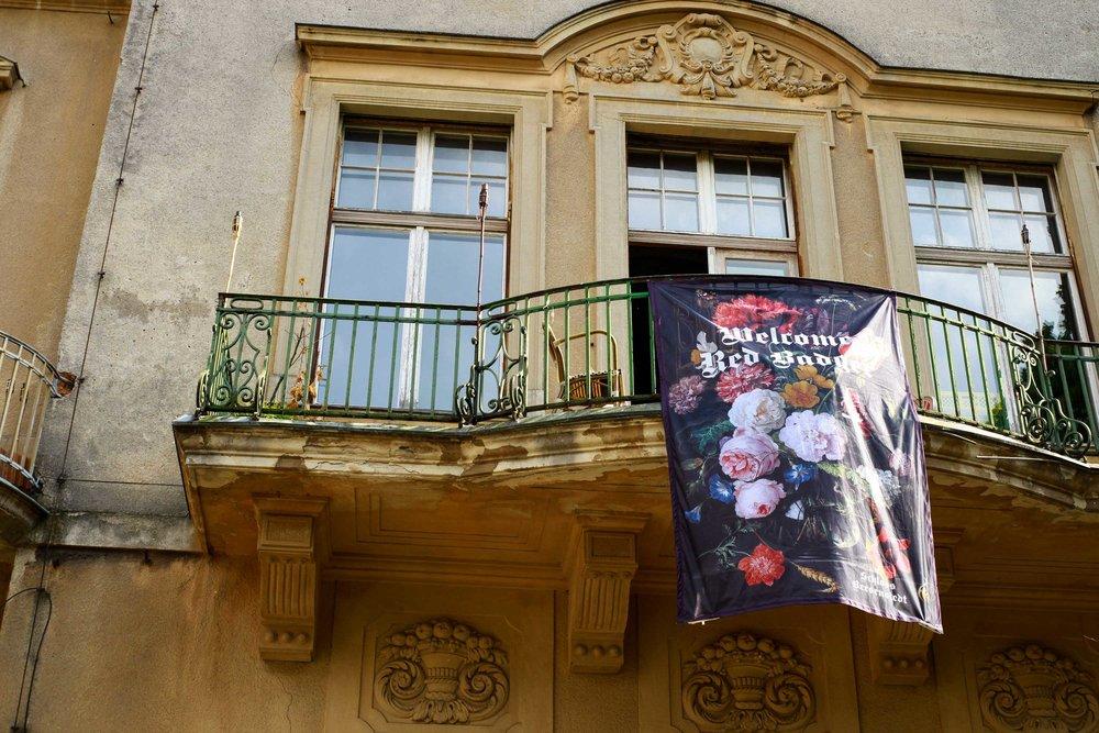 Castle-banner.jpg