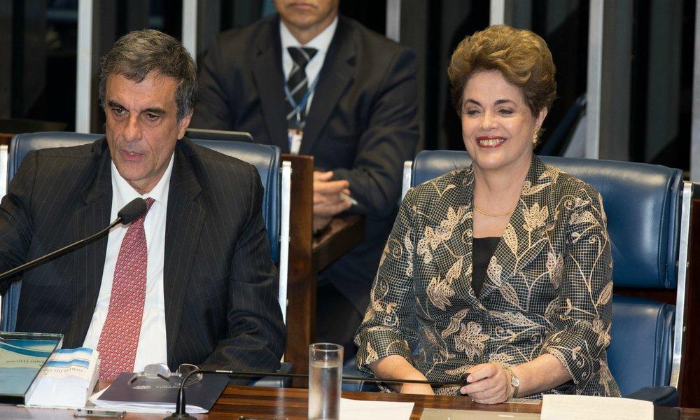 José Eduardo Cardozo e Dilma Rousseff no Senado (Lula Marques/Agência PT)