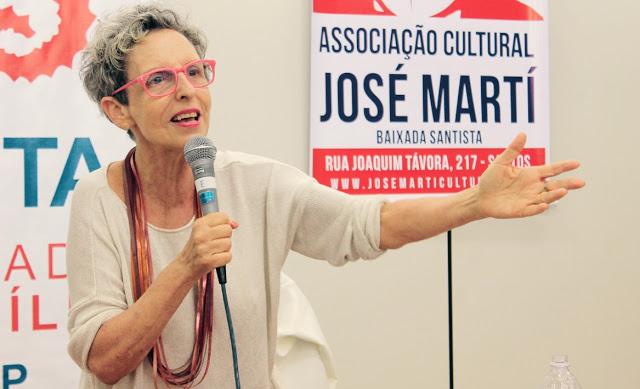 Raquel Rolnik, em palestra na Unisanta / Foto: Aílton Martins