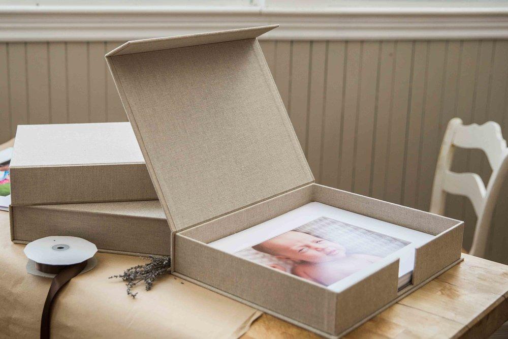 Dukat Studios_Folio Boxes_web-1006.jpg