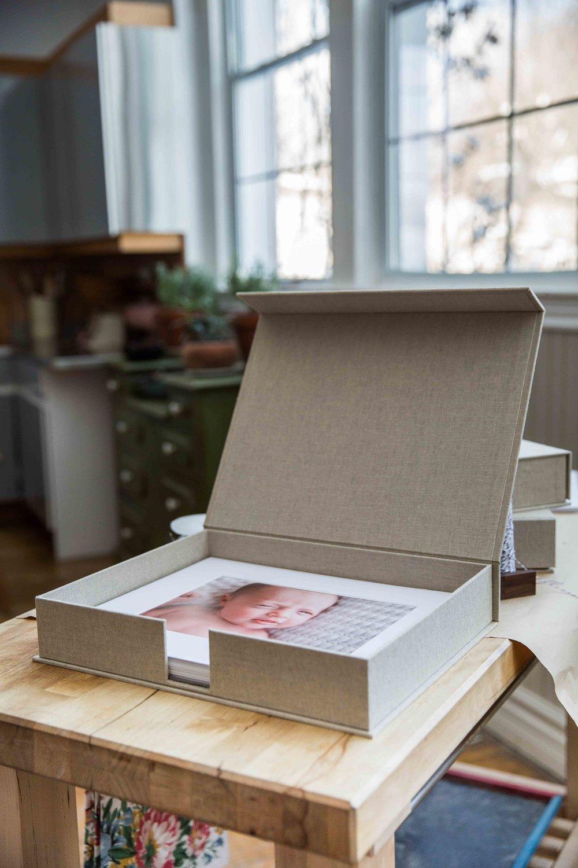 Dukat Studios_Folio Boxes_web-1007.jpg