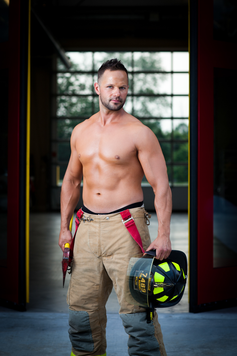 Dukat Studios_FIRE FIGHTER CALENDAR-1001.jpg