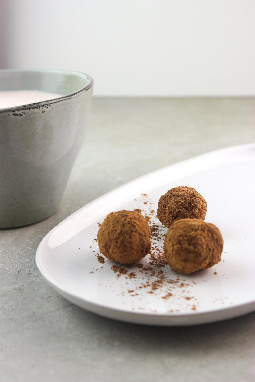 maca truffles-3.jpg