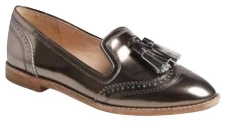 silver - flat - shoe - tassel
