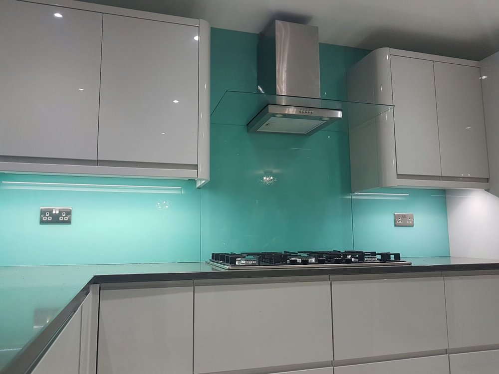 pale aqua 6mm toughened glass splashbacks throughout the kitchen edgbaston birmingham