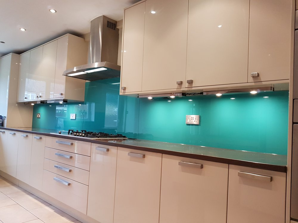 Valspar 3 piece glass splashbacks