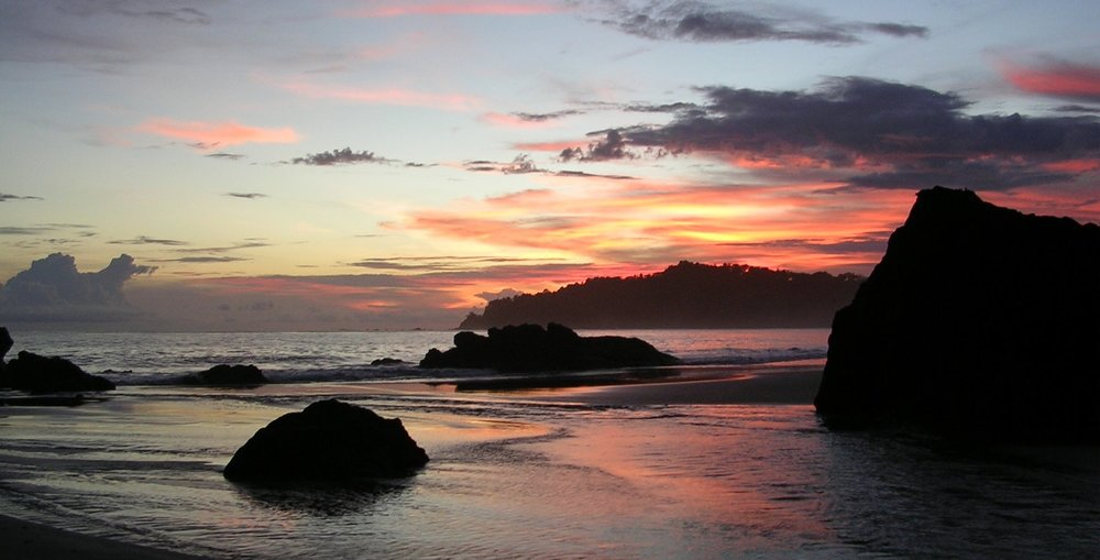Manuel Antonio sunset. 2007, https://www.flickr.com/photos/jprime84/