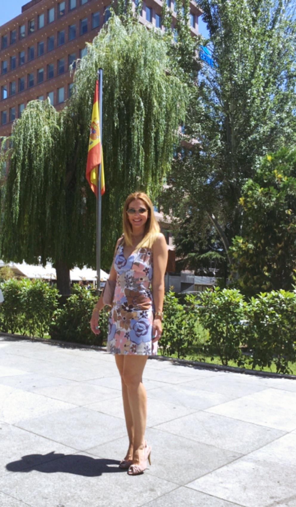 soft coloured dress fashion blog2