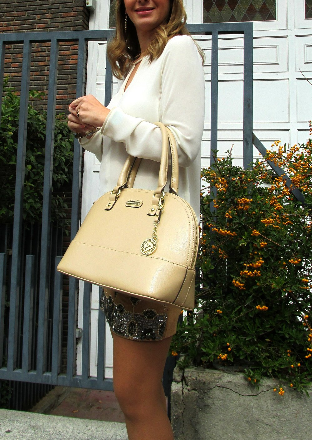 Camel skirt fashion blog 4