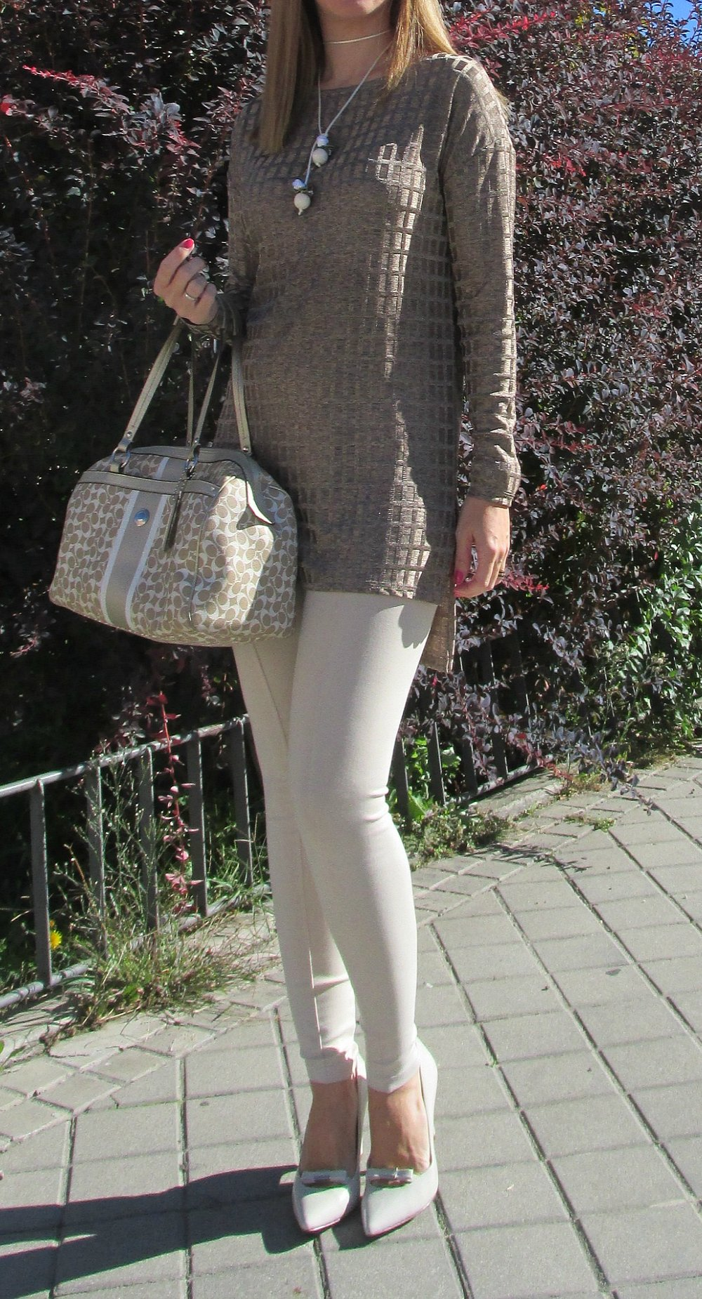 Cream pants fashion blog 1
