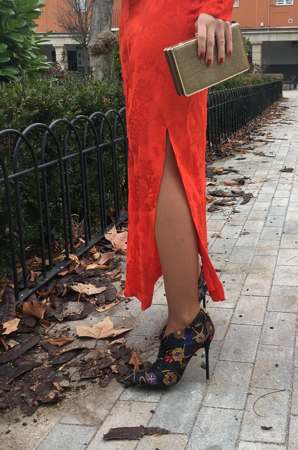 red dress details