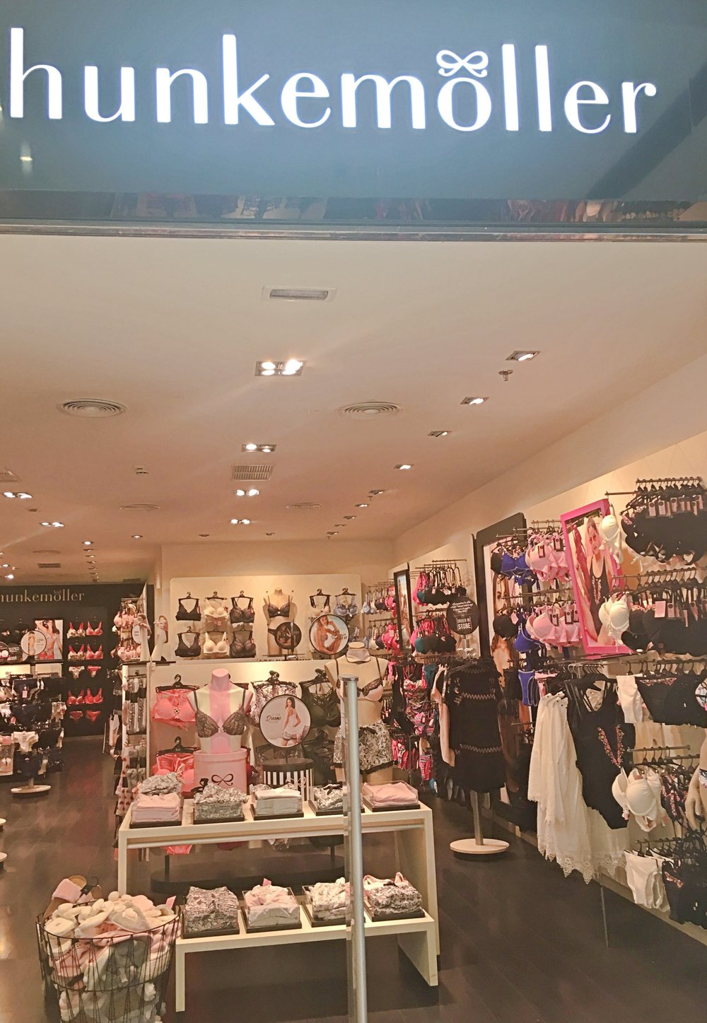 Hunkemöller shop