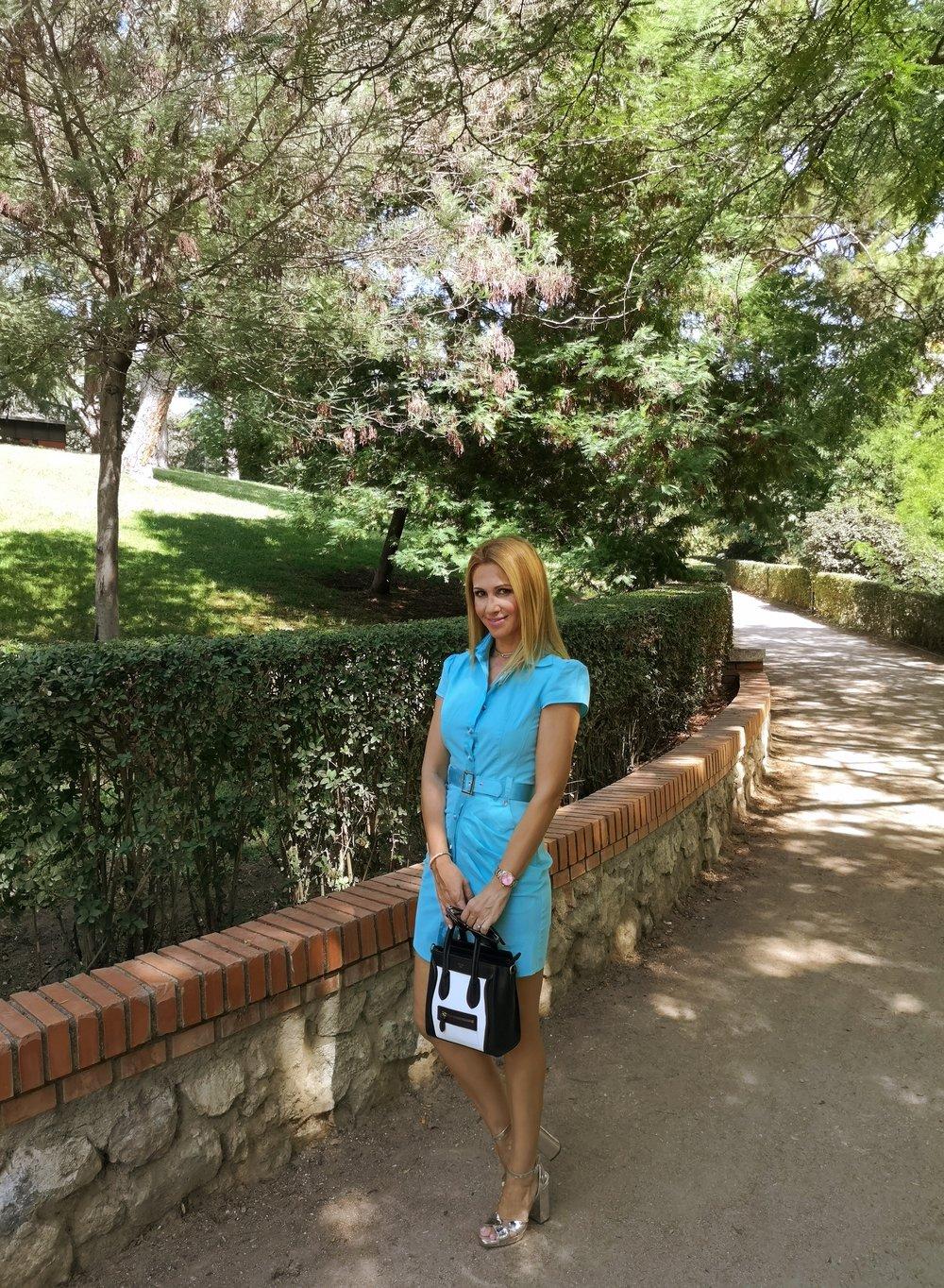 vestido-azul-celeste