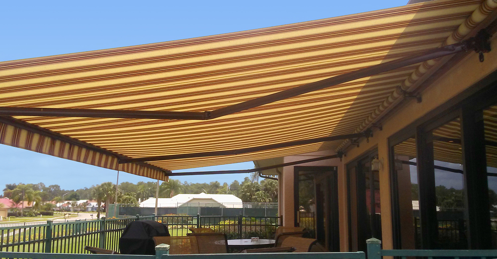 retractable_awning_01.jpg