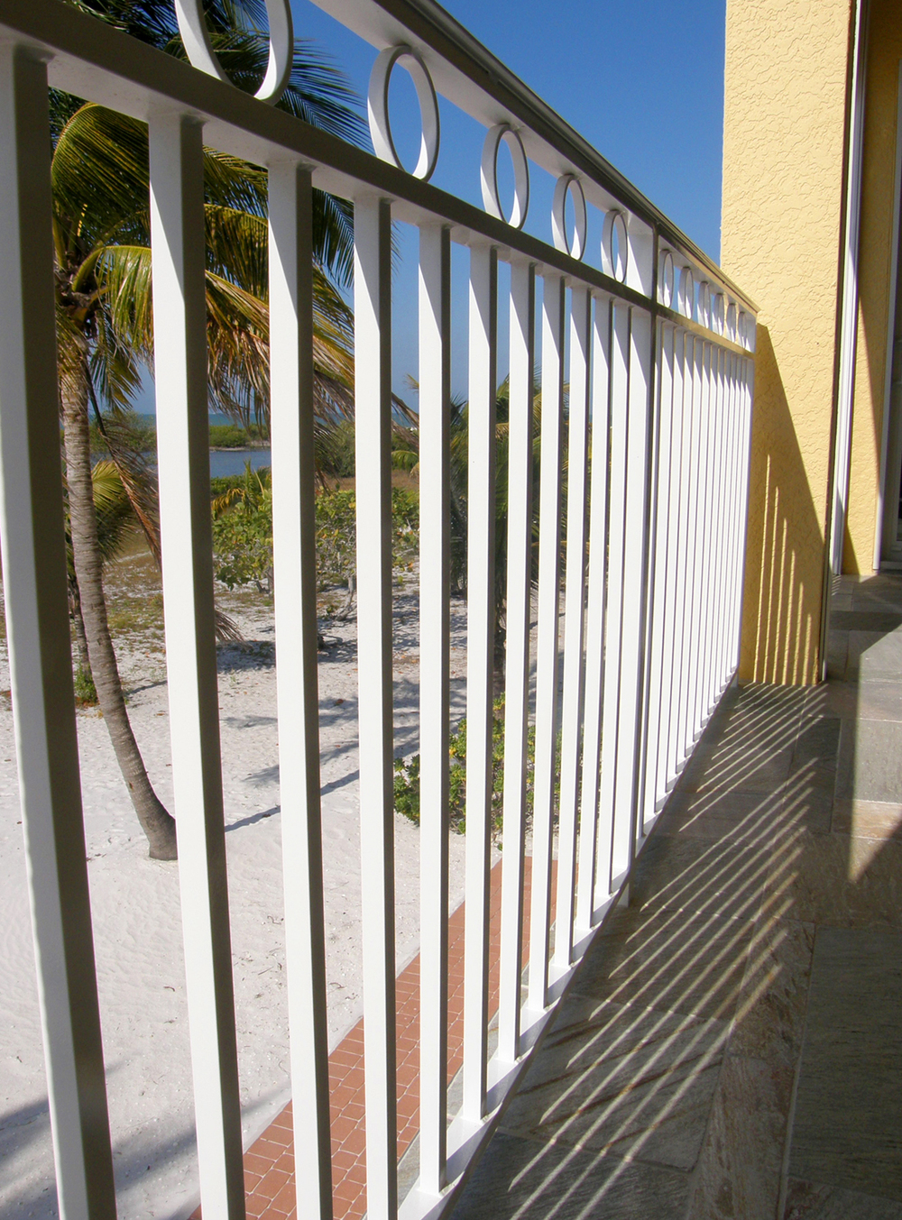 architectural_metal_railing_24.jpg