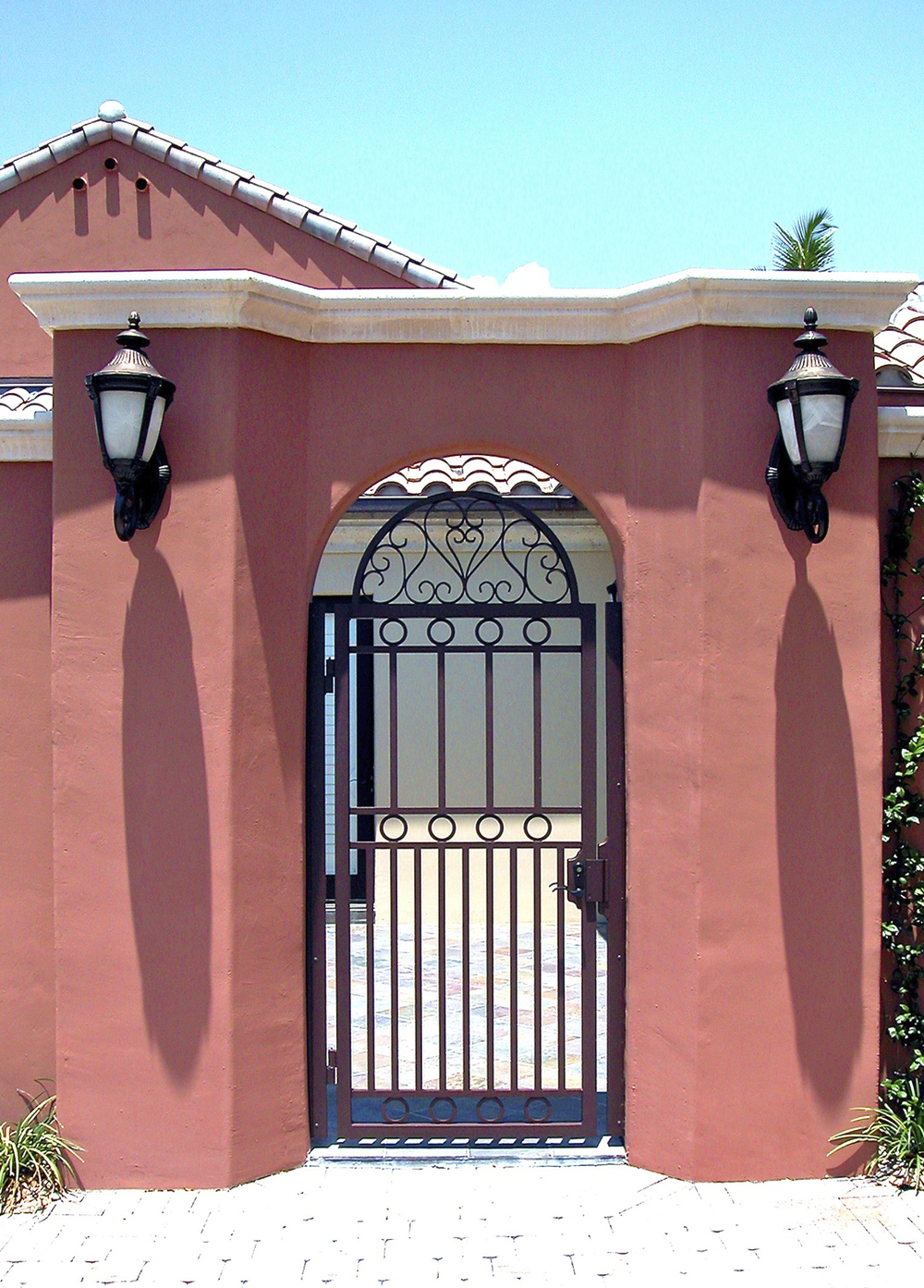 architectural_metal_gates_01.jpg