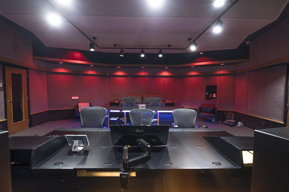 Control Room 4.jpg