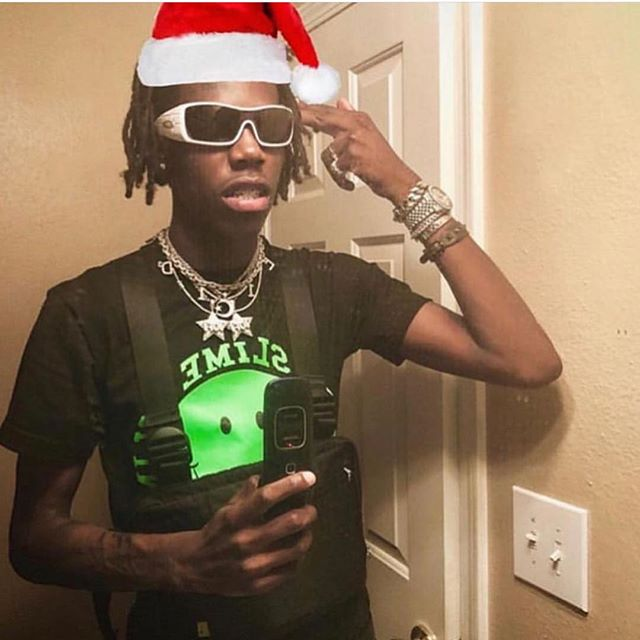 Merry Christmas from @yungbans 🎄🔥🎅🏾 #merrychristmas #yungbans