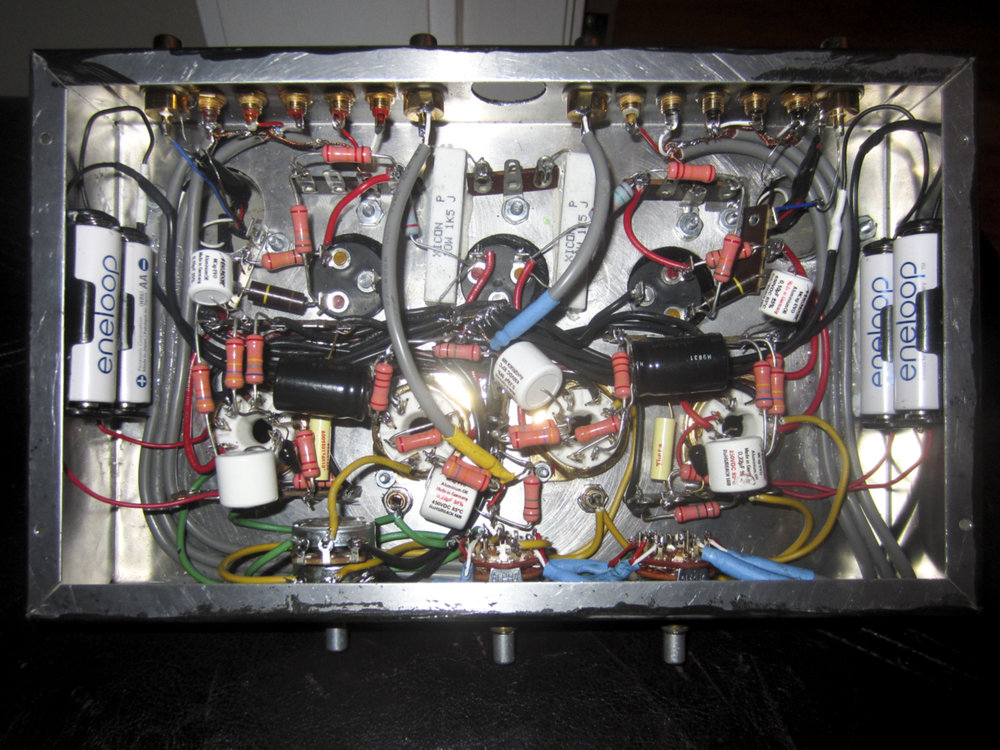 Figure 4: preamp internal circuitry