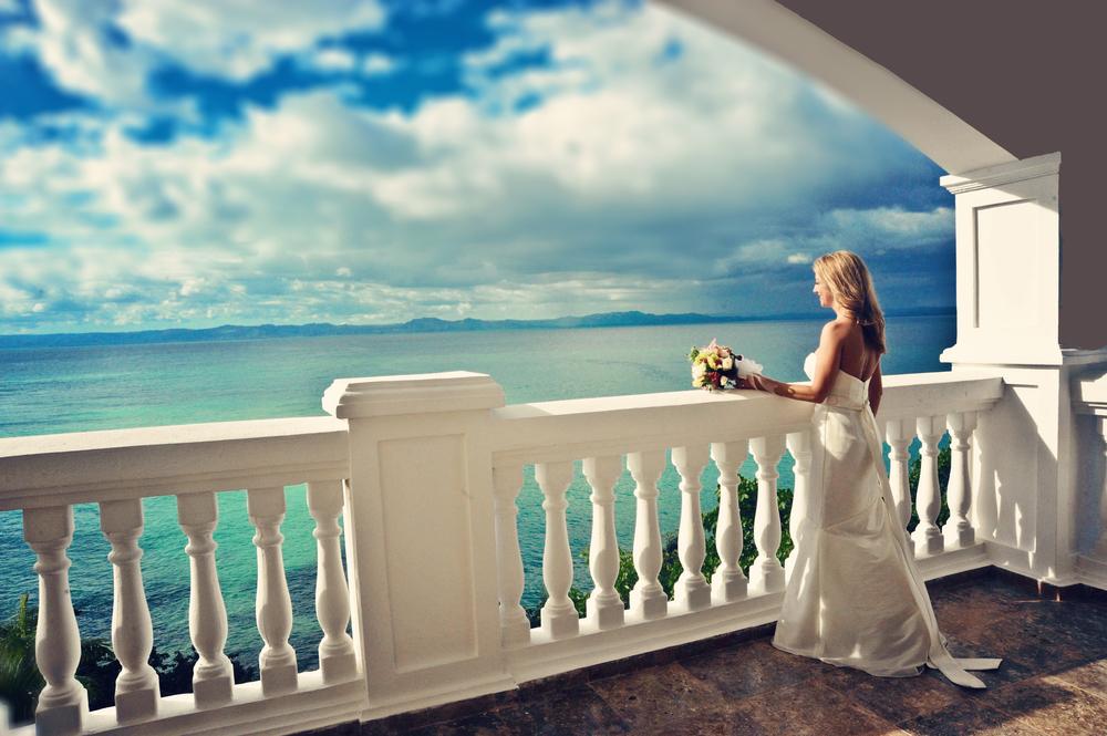 Suzanne Bridal on Balcony2.jpg
