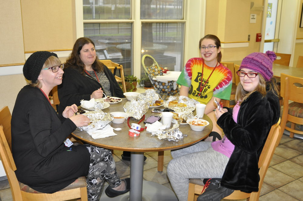 Families at RMH enjoy a RISE & Dine meal