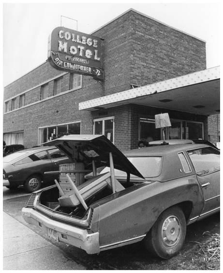 The College Motel(2) - 1978.jpg