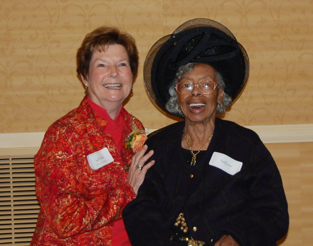 Barb Fisher and Willa Jones.JPG