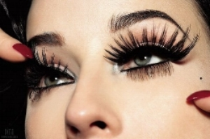 eyelashes-eyes-fake-girlie-girly-Favim.com-137067.jpg