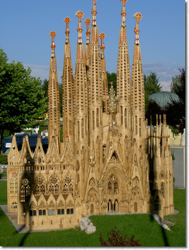 Barcelona, Sagrada Familia wow.jpg