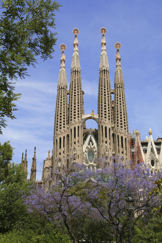 Sagrada Familia, Barcelona iS.jpg