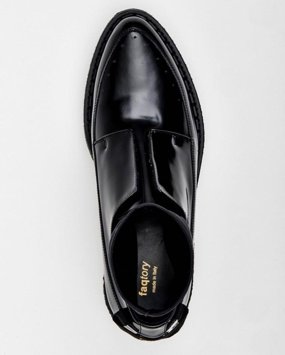Faqtory Shoe Logo