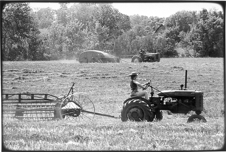 T1_018_pk017 80 BW10.19 0003_cd 3258 files_3258-0082.jpg