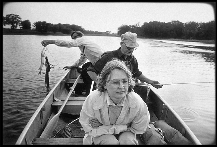 T1_032_pk040 84 BW10.24 0003_cd 3258 files_3258-0043.jpg