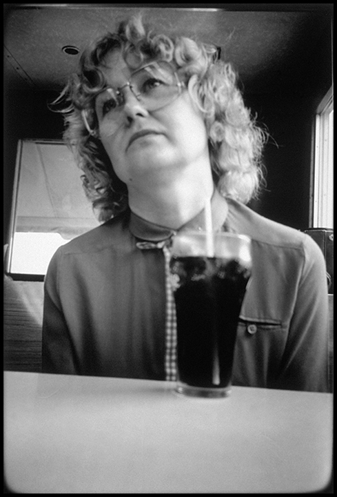 T1_042_pk043 84 BW10.29 0003_cd 3258 files_3258-0047.jpg