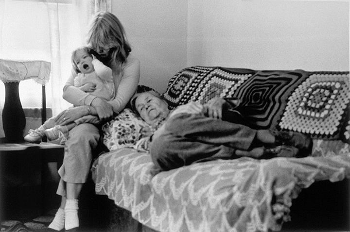 T1_065_pk072 86 BW12.1 0003_cd 3258 files_3258-0096.jpg