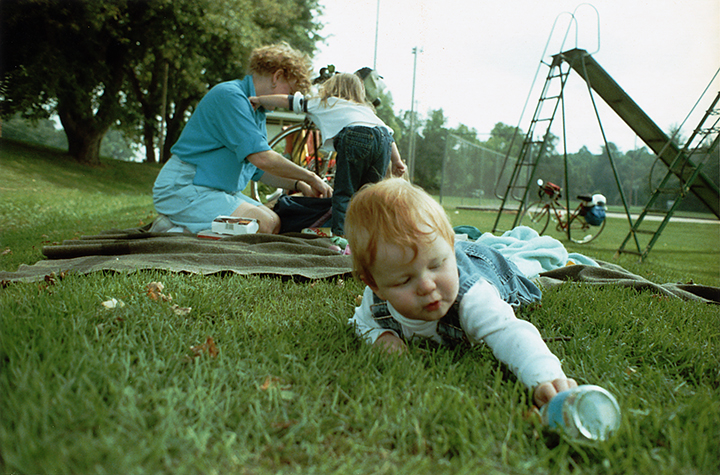 T1_071.3_pk081 89 #2A3 0004_ phyllis drum scans pt2_bike picnic single,recycle.jpg