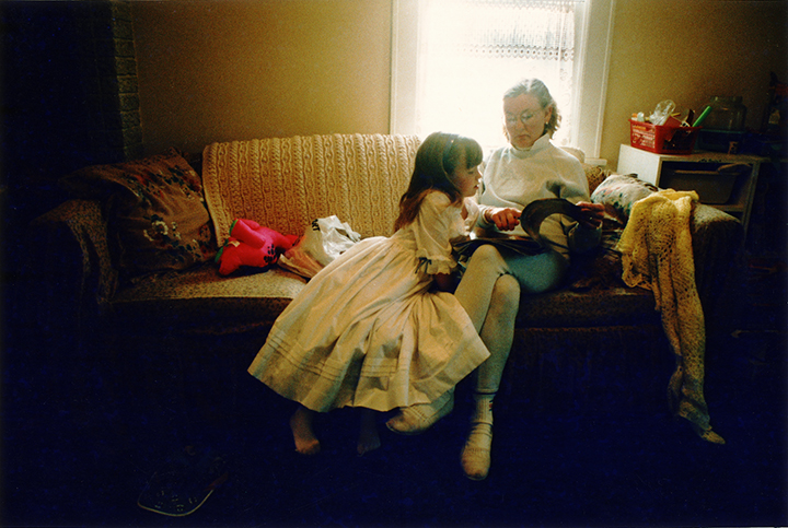 T1_107_pk125 93 B5.43 0004_ phyllis drum scans pt2_looking @catalog w-elsb.jpg