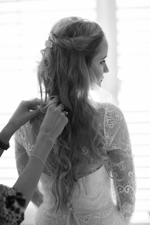Vorbereitungsfotos während Hochzeitsreportage in Zug (Maleana Hochzeitsmanufaktur)