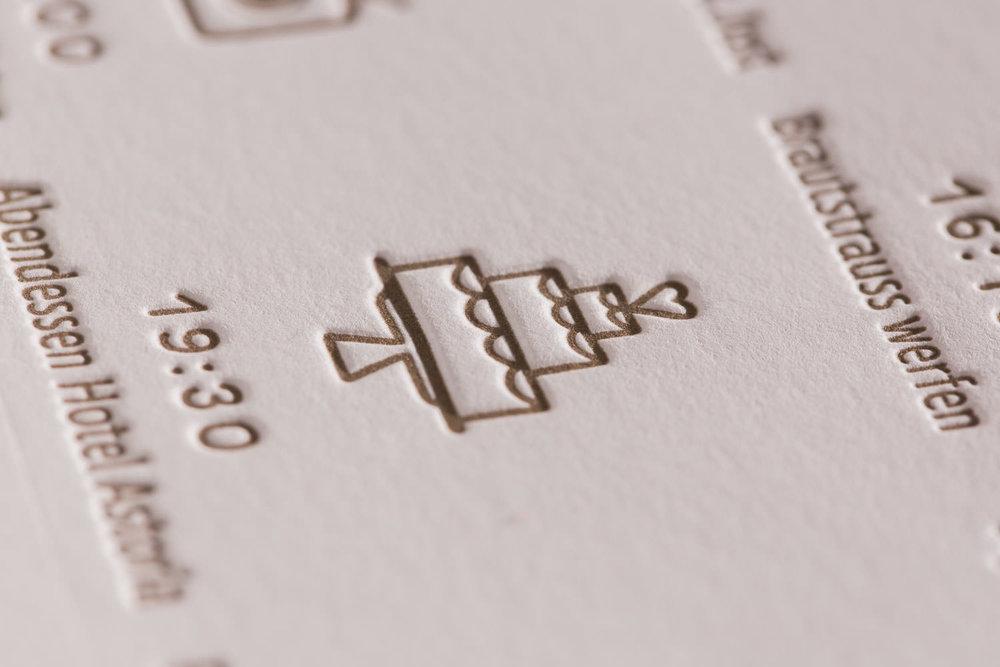 maleana-hochzeitskarten-mit-letterpress-romantik-005.jpg