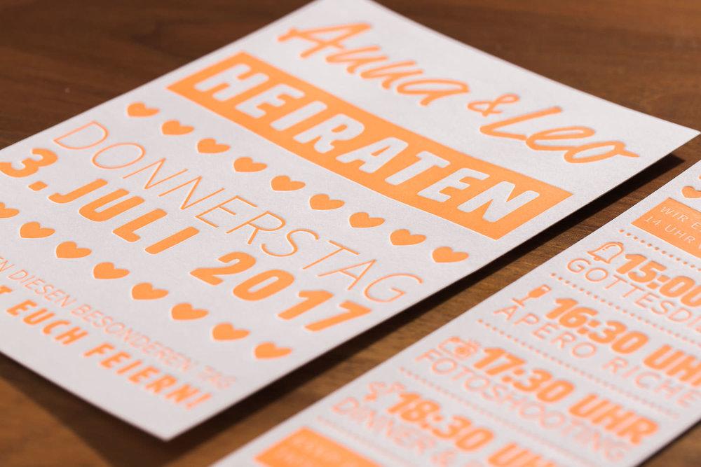 maleana-hochzeitskarten-mit-letterpress-neon-orange-005.jpg