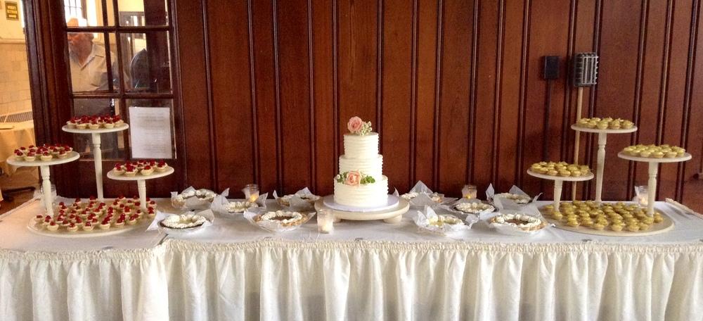 Menden Dessert Table.JPG