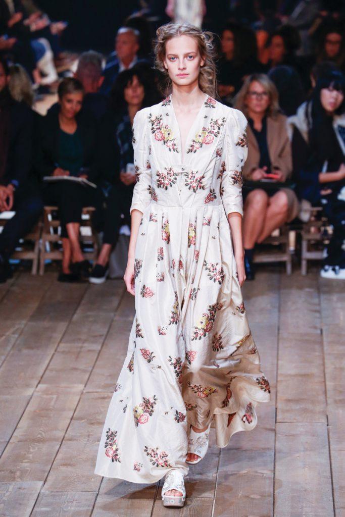 Spring-Fashion-2016-Trend-Romantic-alexander-mcqueen