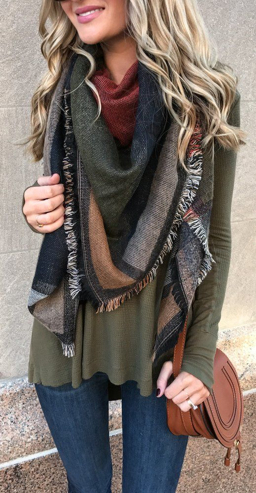 Thick Plaid Scarves - Plaid is such an autumn-themed print that works perfectly with a thick scarf. This scarf is somewhere in the middle between a fashion statement and a genuinely warm piece. I love the sweet balance.