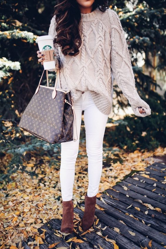 White Denim & Dark Booties - This trend is EVERYTHING. The subtle pinkish beige cable-knit sweater paired with the bright white denim and dark brown booties is to-die. The dark brown booties stand out on an autumn day when the leaves are bright yellow and orange shades and they compliment nature perfectly. Who says you can't wear white after Labor Day? NOT ME.