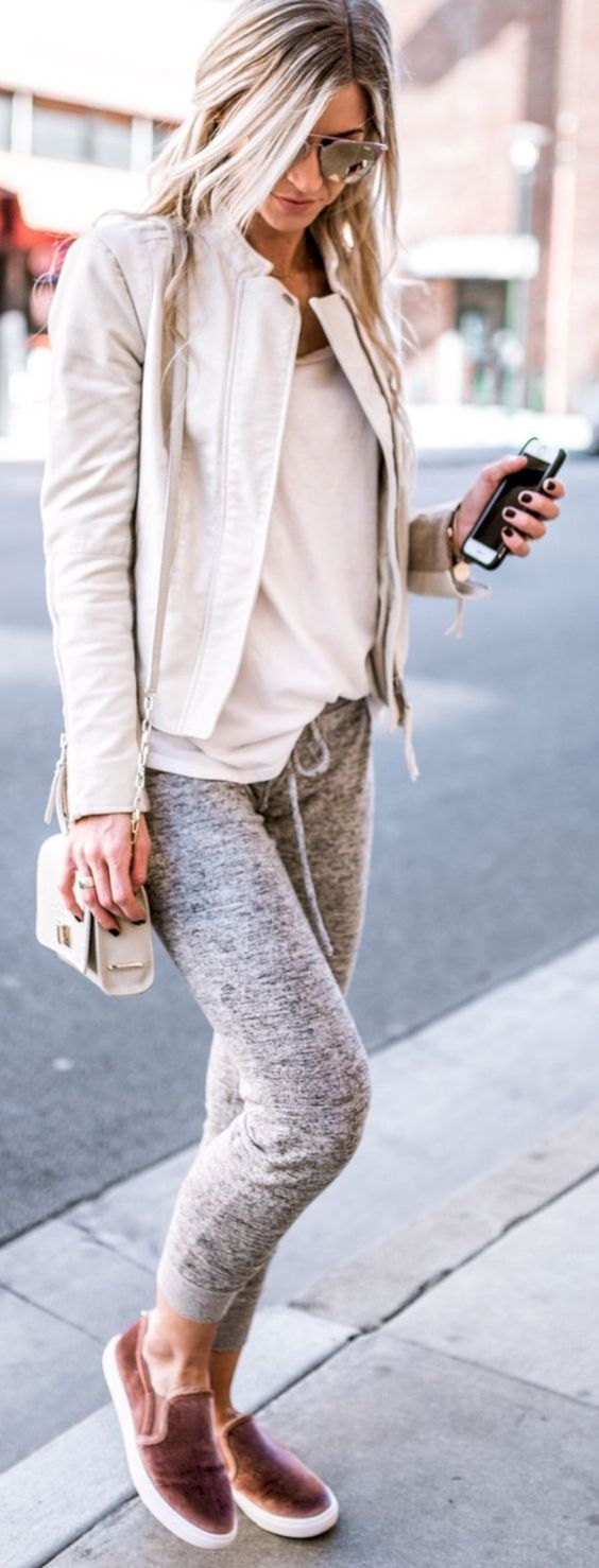 SweatPants, Pls - Who says you can't wear sweatpants in autumn!? Paired with some cute slip-on shoes and a fancier jacket to balance out the casual, you can totally make your favorite, comfy pair of sweats a hot fashion trend. Don't you just want to live in this?