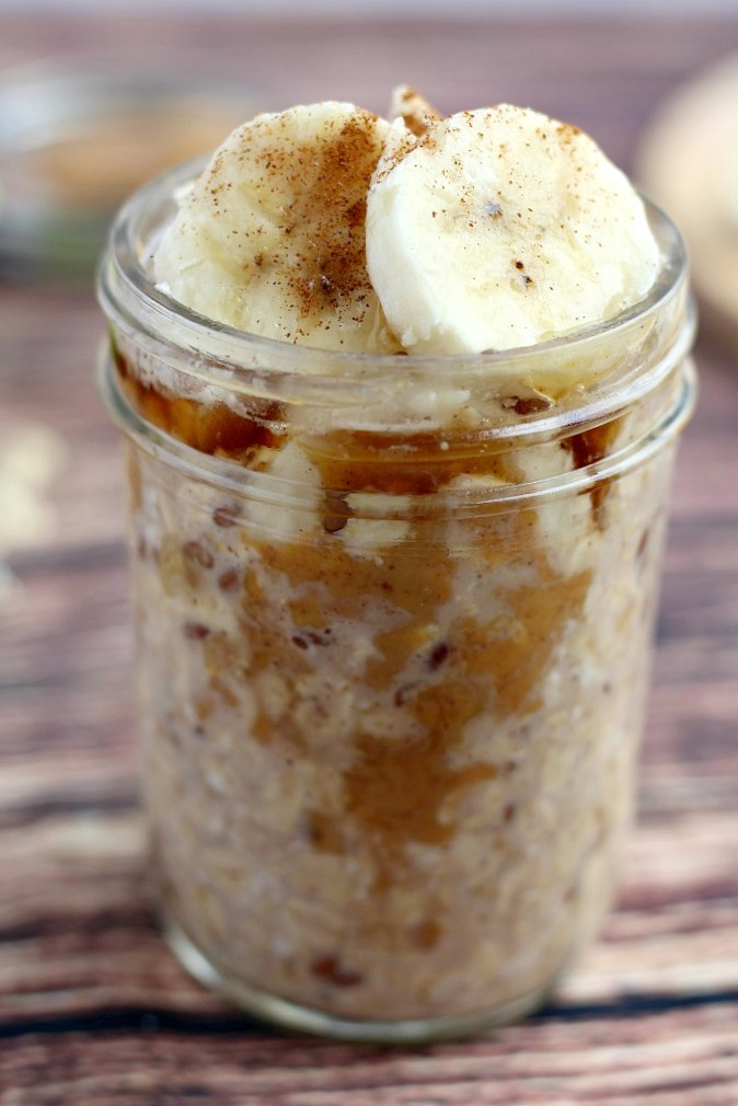 Peanut-Butter-and-Banana-Overnight-Oats-with-Maple-and-Cinnamon-4.jpg