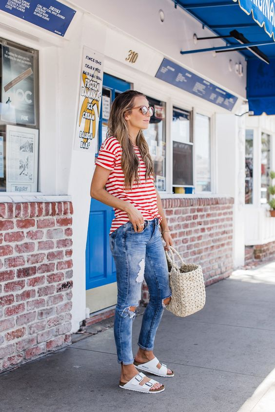 Cropped Jean &A Bright Shirt -