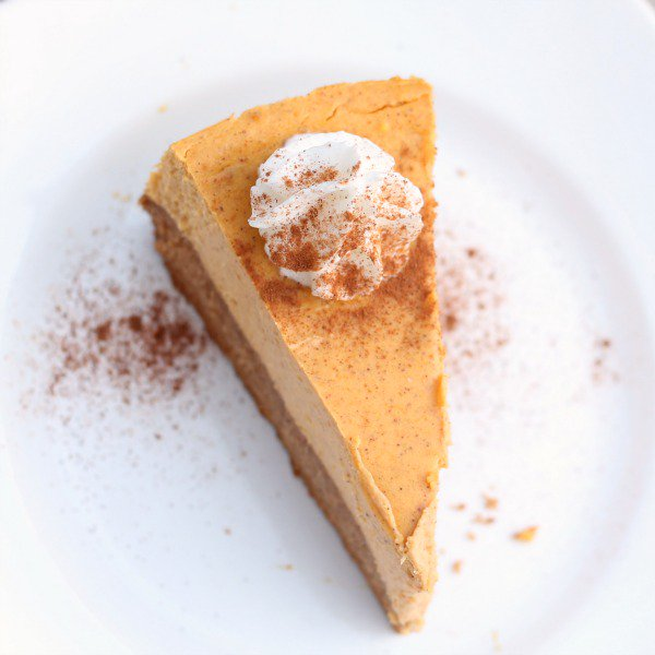 Delicious-Pumpkin-Spice-Cheesecake-from-Six-Sisters-Stuff.jpg